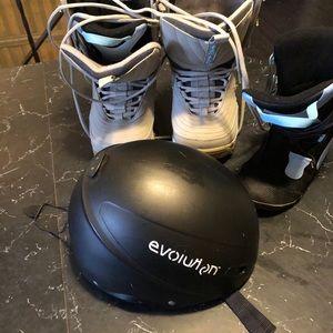 Air walk  boots / Evolution Helmet